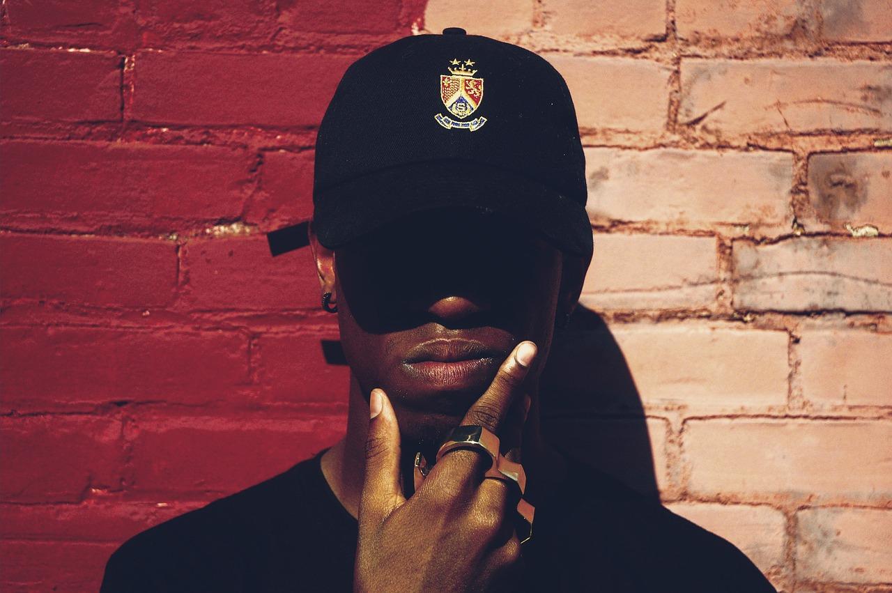 La musique évolue selon les générations, parlons d'une histoire de rap